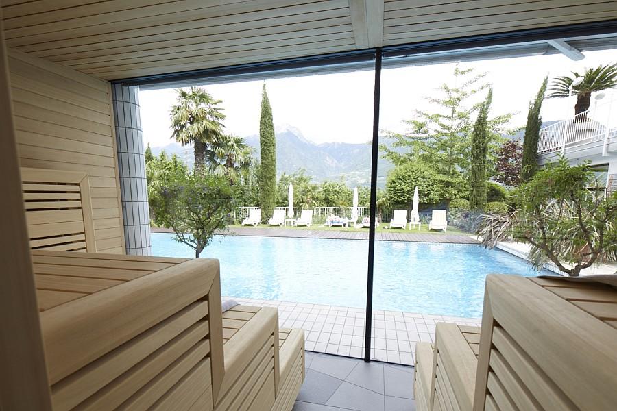 Auch der Ausblick aus der Sauna des Hotel Marlena lässt keine Wünsche offen