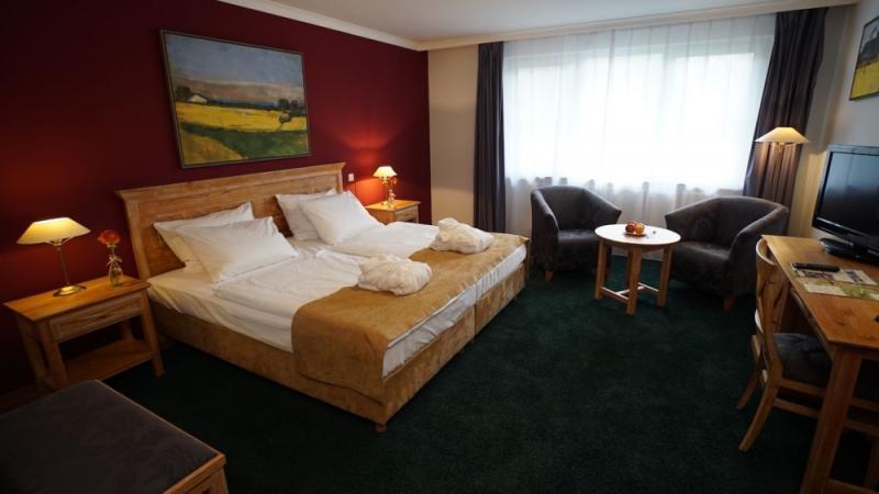 outlet shopping wochenende in kaltenkirchen schleswig holstein. Black Bedroom Furniture Sets. Home Design Ideas